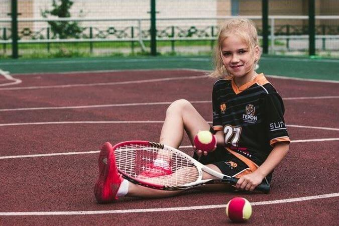 Choose right kids tennis racquet size-Best Kids Tennis Racquet